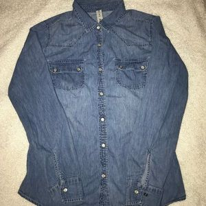 Tops - Long sleeve Jean Buttondown